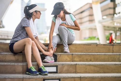 Dor no tornozelo: quando procurar um especialista